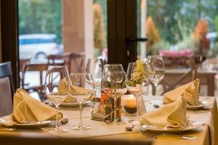 adresses_gourmandes_restaurant_ampaza_in_the_kitchen