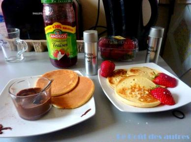 pancakes-ampaza-in-the-kitchen-brunch