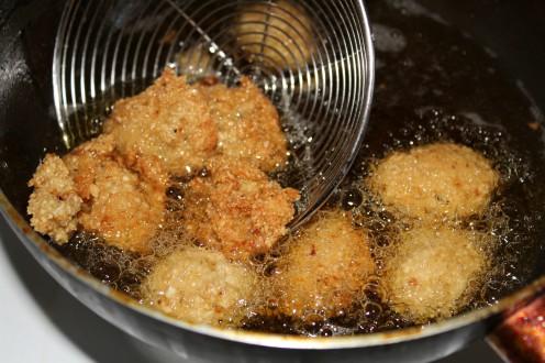 beignets-de-niebe-amppaza-in-the-kitchen