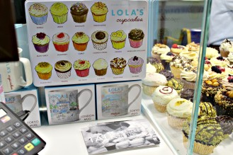 Lolas-cupcakes-3-ampaza-in-the-kitchen