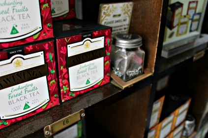 twinings-museum-2-ampaza-in-the-kitchen