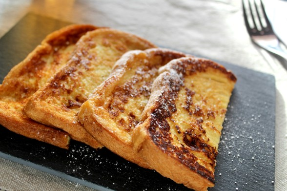 Pain-perdu-ampaza-in-the-kitchen