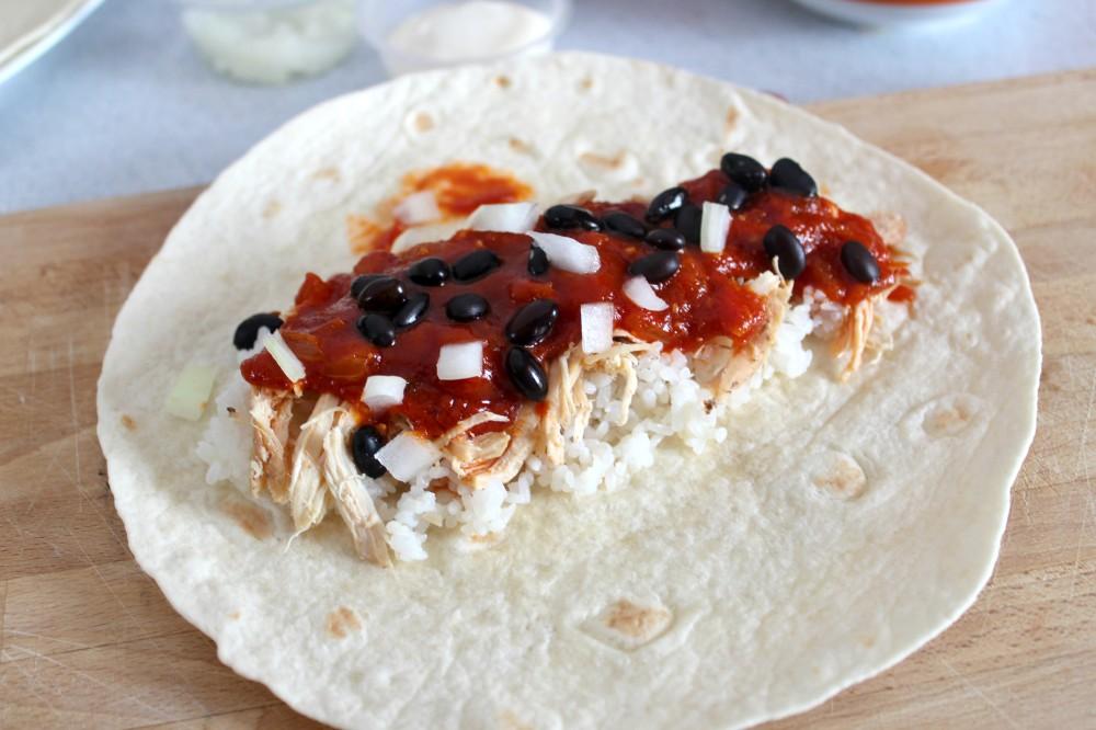 Burrito-5-ampaza-in-the-kitchen